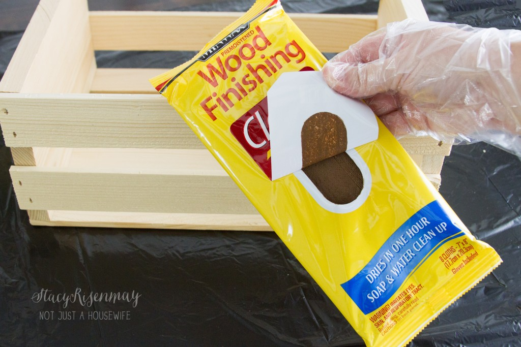 minwax stain clothes -walnut color