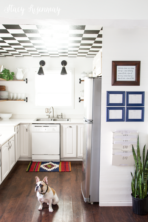 kitchen-command-center-for-home-work-and-chores