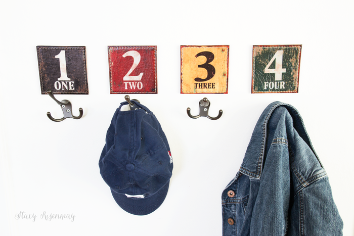 numbered-hooks-for-boys-room