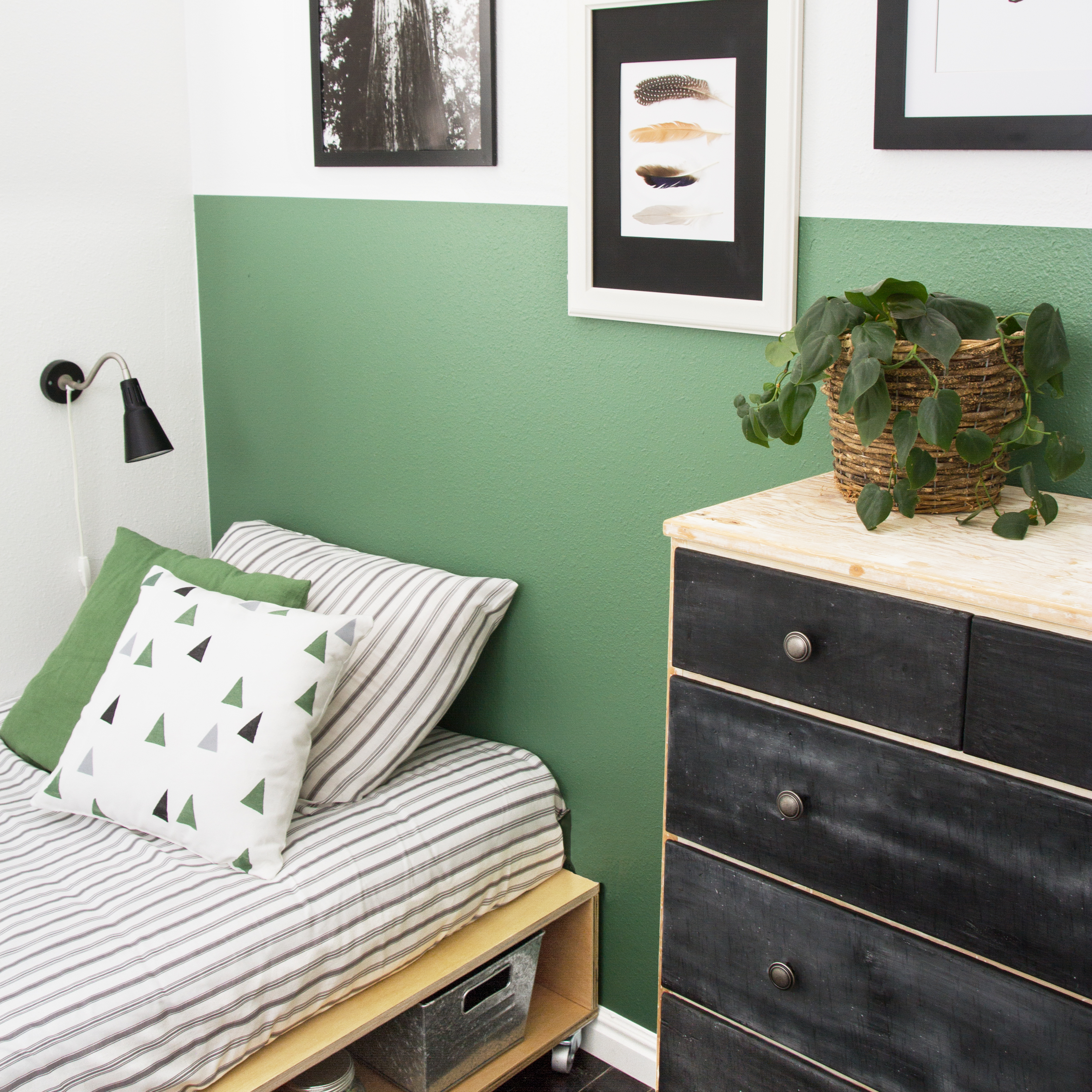 Vintage Green Boy Room Makeover! - Stacy Risenmay