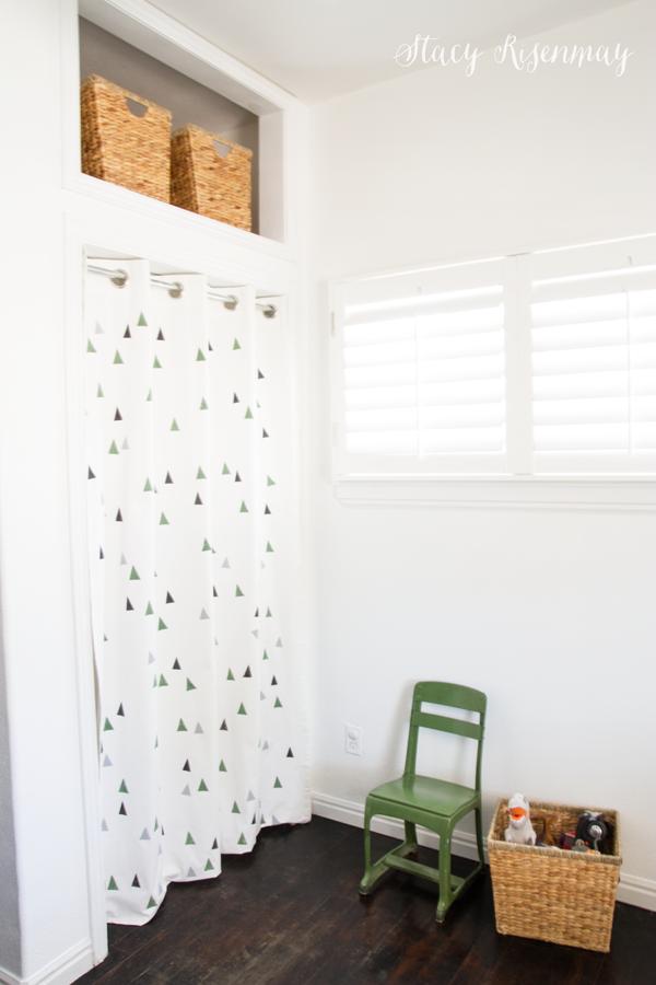 closet-with-curtain-instead-of-door