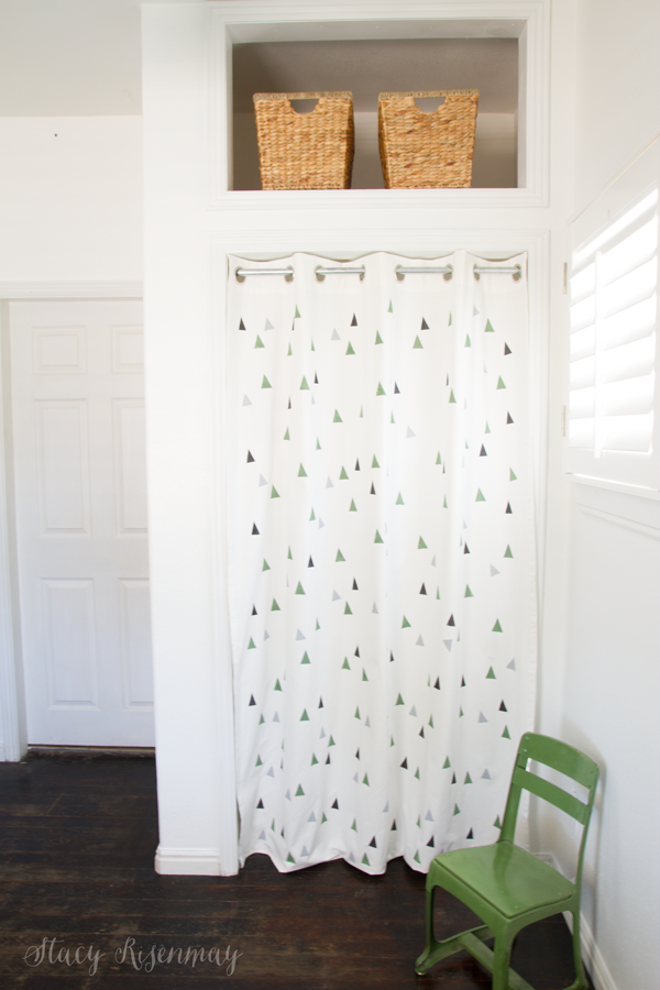 curtains-instead-of-closet-door