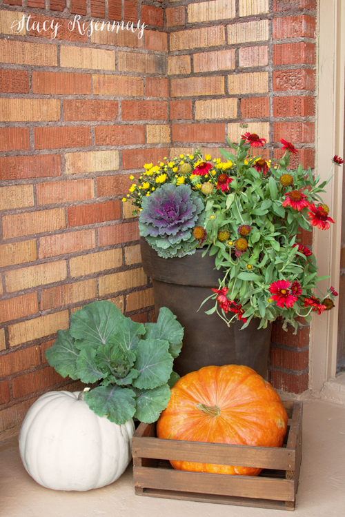 fall-front-porch-with-ornamental-cabbage