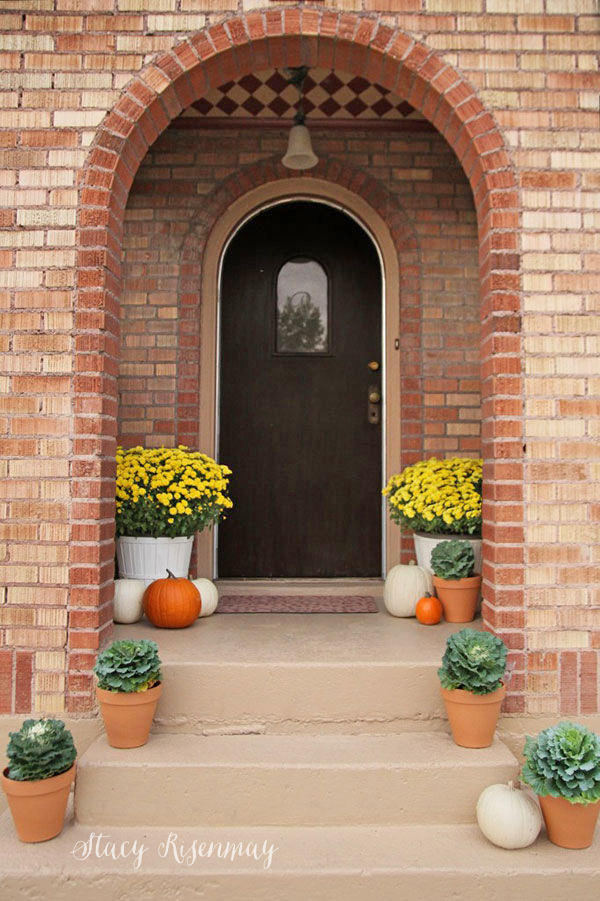fall-front-porch-ornamental-cabbage