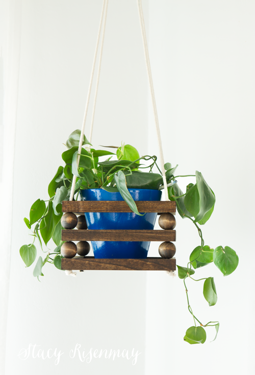 Hanging beaded planter