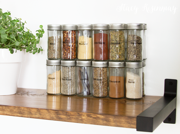 spice-jars-with-labels
