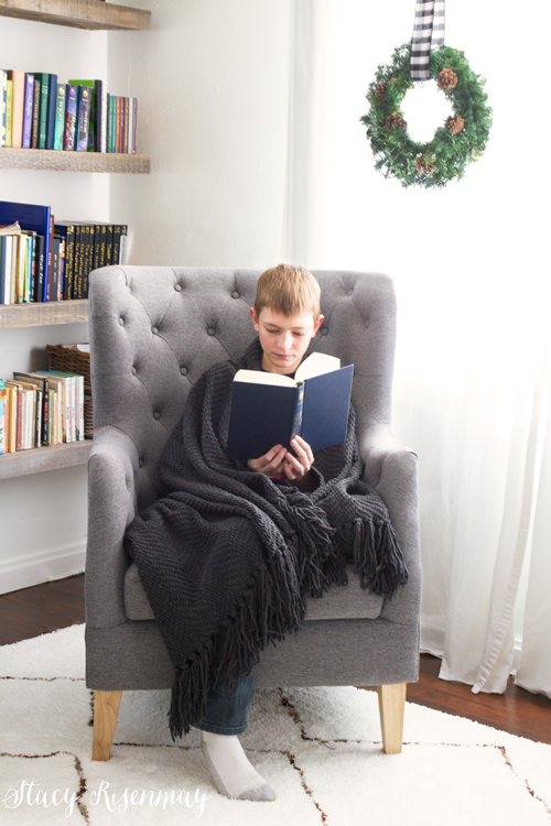cozy-reading-blanket