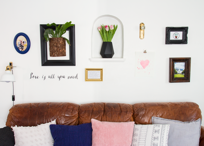 valentine-gallery-wall