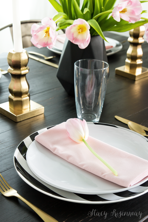 valentine-place-setting-black-pink-gold