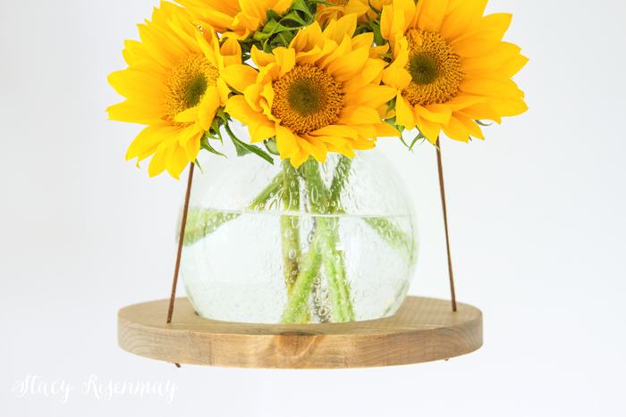 hanging-vase-with-sunflowers