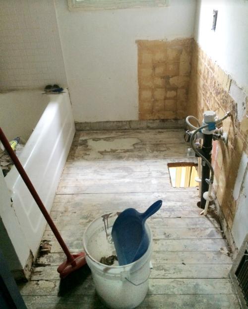 subfloor bathroom