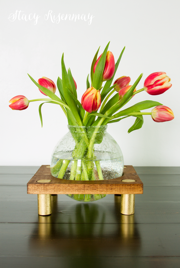 vase-with-stand
