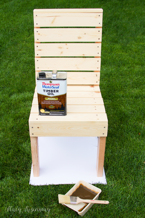 Outdoor-furniture-stained-with-Thompsons-WaterSeal