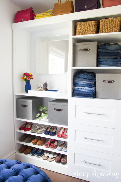 Luxurious closet makeover! I love the velvet ottoman and crystal chandelier!