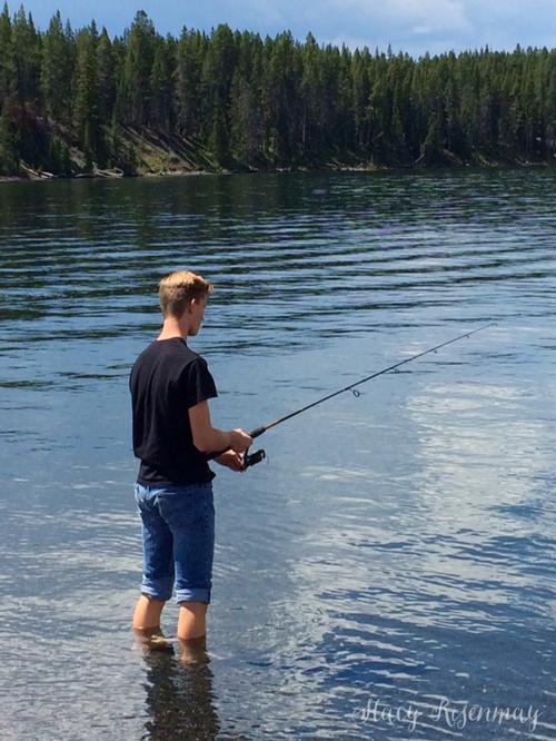 fishing-at-yellowstone-lake