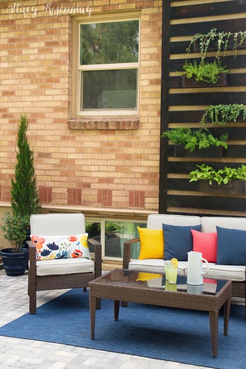 Summer patio decor