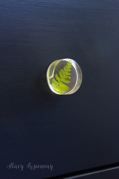 resin knob with leaf