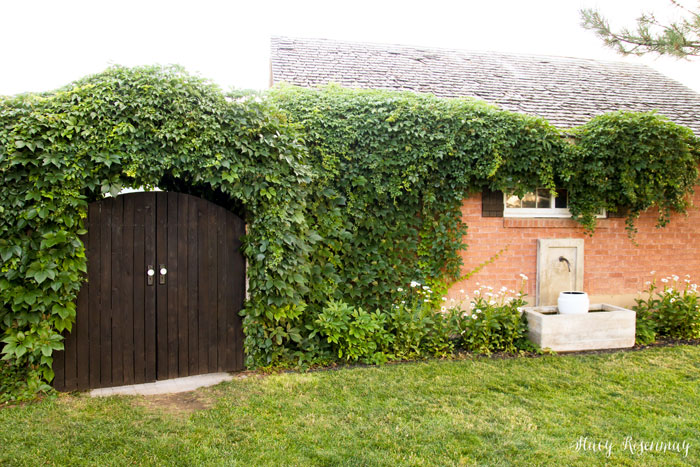 how to build an arched backyard gate